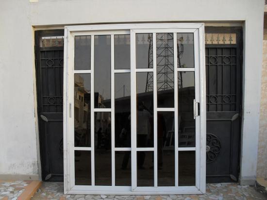 Porte coulissant en aluminium copie for Porte aluminium